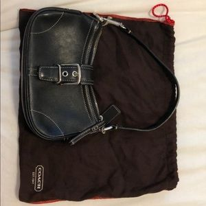 Coach black buckle purse EUC